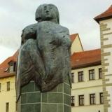Marktbrunnen Schmölln, Mittelsäule